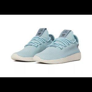 Adidas Pharrell Williams shoe
